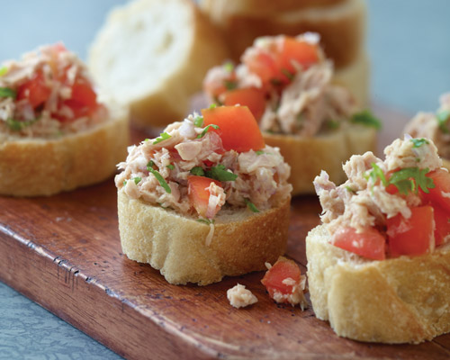 03-tuna-tomato-bruschetta